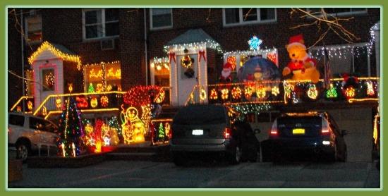 Christmas neighborhood 550